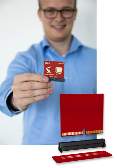 Jan Lehmann, chef de produits ept, présente le connecteur direct EC.8